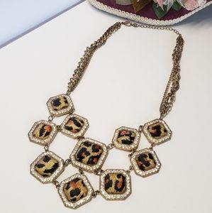 Jewelry - Unique Vintage Style Leopard Print Necklace
